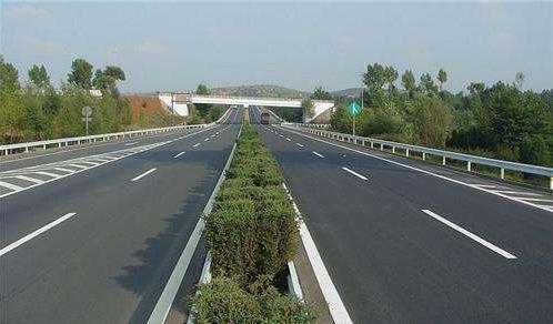 高速公路护栏板立柱拔高存在的问题有哪些?