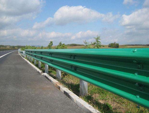 波形梁护栏板施工安装需要注意的事项