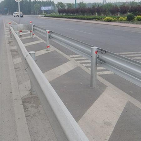 高速护栏板的防阻块的作用,发生事故后如何处理?